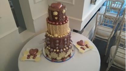 Picture of Winter Wedding Cake